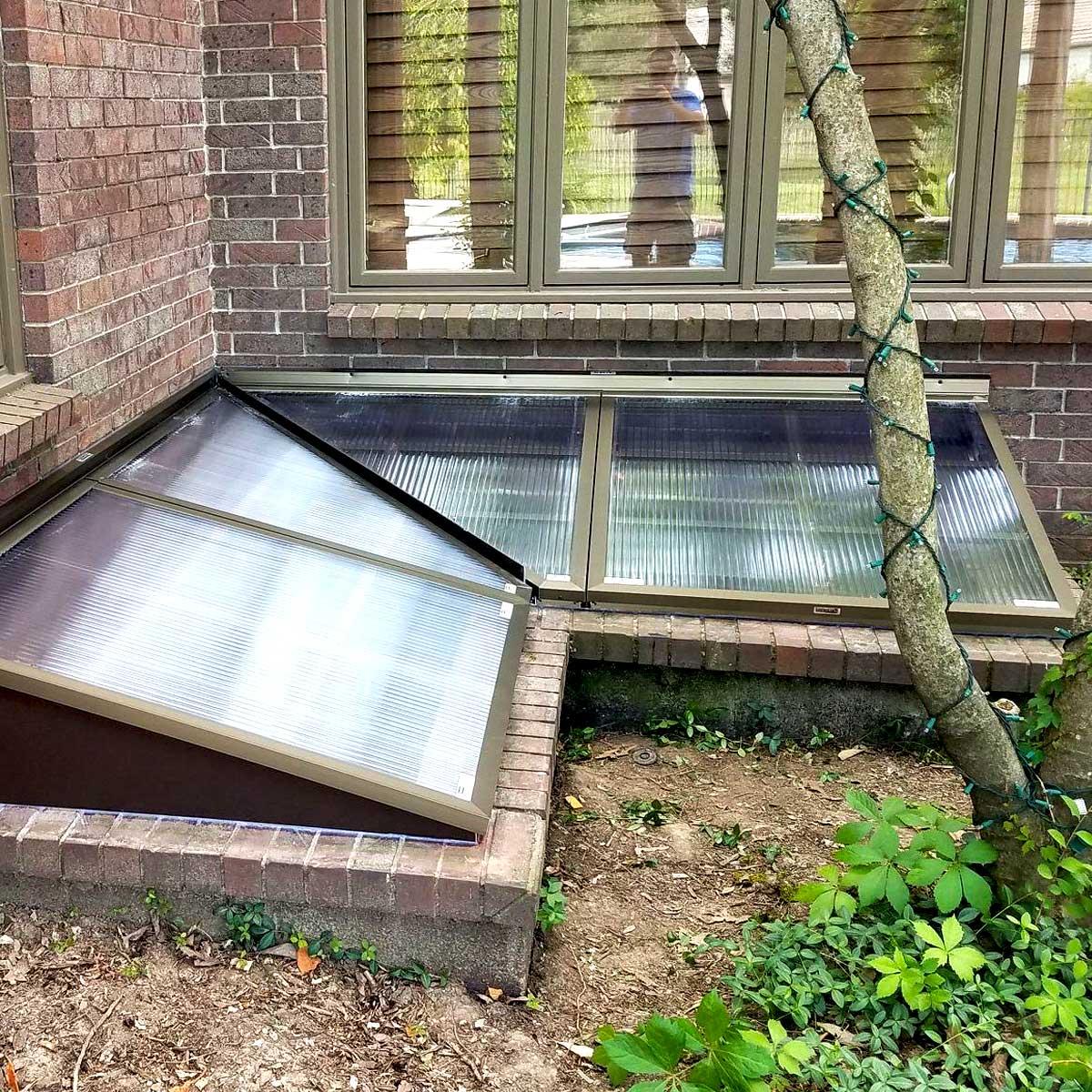 Lustercraft Egress Window Well Cover